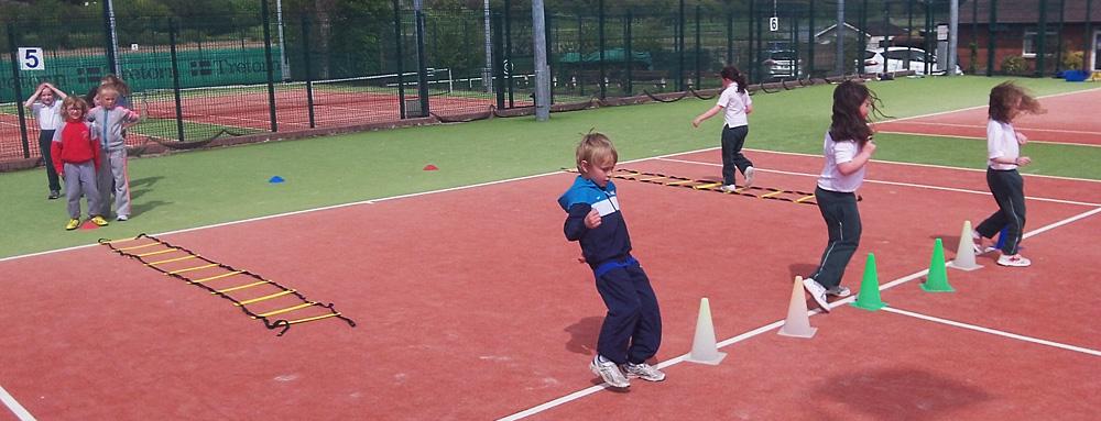 Jnr-Tennis-Douglas